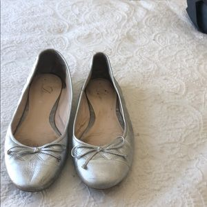 Delman Silver Cap Toe Quilted Ballet Flats size 9